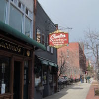 450px-Charlies_Sandwich_Shoppe,_Boston_MA.jpg